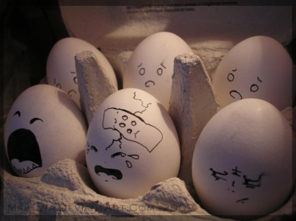 Eggs_II_by_MaiHiwa
